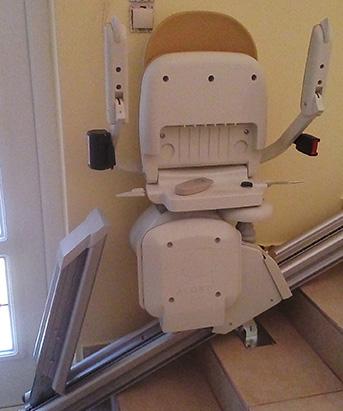 Összecsukva kis helyet foglal a széklift